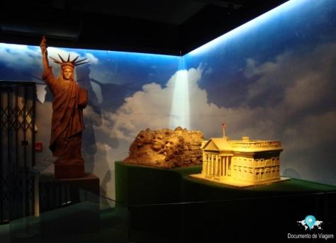 Estátua da Liberdade, Monte Rushmore e a Casa Branca