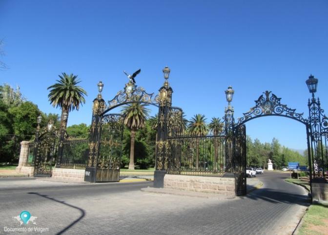 Parque General San Martín e Cerro de La Gloria em Mendoza