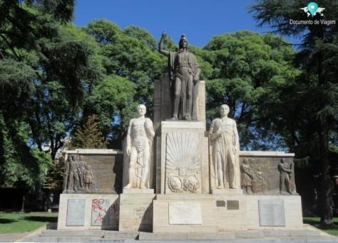 Monumento a la Herencia Italiana