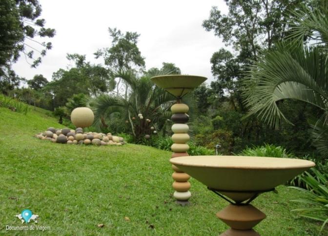 Conheça a Galeria de Arte Paula Unger em Monte Verde, MG