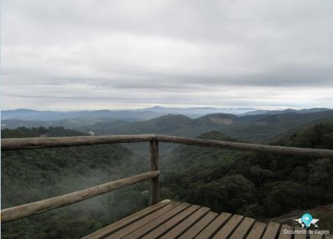 Mirante na trilha da Pedra Redonda